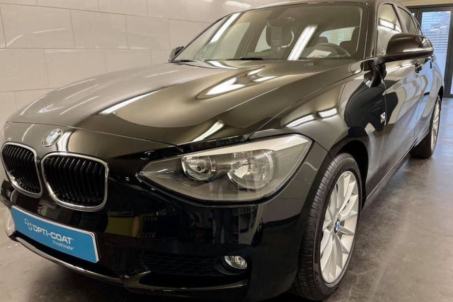 BMW met Opti-Coat Pro behandeling door Mobile Clean Cropped